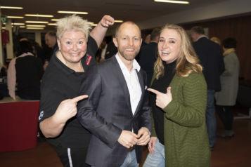 Auf dem Bild v.l.n.r.: Lilly Staudigl, Markus Gwiggner (i.ku Innovationsplattform Kufstein & Geschäftsführer styleflasher) und Verena Wechselberger.