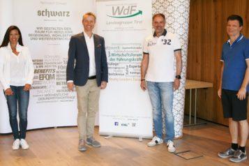 Auf dem Bild v.l.n.r.: Karin Falschlunger (Kommunikationsberaterin und WdF-Tirol-Vorstandsmitglied), Franz-Josef Pirktl (Geschäftsführer Alpenresort Schwarz), Hubert Schenk (WdF-Landesvorsitzender und RLB-Direktor Firmenkunden) und Christian Filzmoser (OLYMP Heizung und WdF-Tirol und Vorstandsmitglied).
