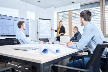 Als Generalplaner im Industriesektor übernimmt die SPIEGLTEC GmbH aus Brixlegg sämtliche Arbeiten bis zur Inbetriebnahme: Architektur, Statik, Bauplanung, Sicherheit, Qualifizierung und Dokumentation.