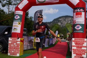 Simon Huckestein aus Deutschland ging im Kurz-Triathlon als Schnellster über die Ziellinie.