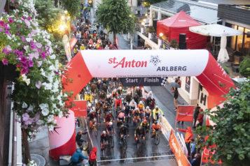 Rund 700 Athleten trotzen bei der 10. Auflage Wind und Wetter.